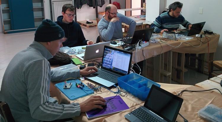 Le foto del primo corso base di Arduino